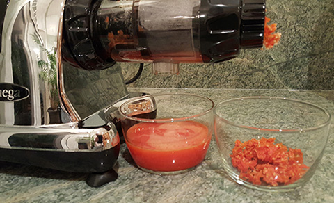 juicing-tomatoes-sm.jpg
